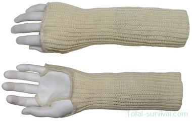 GB winter wristlets, white